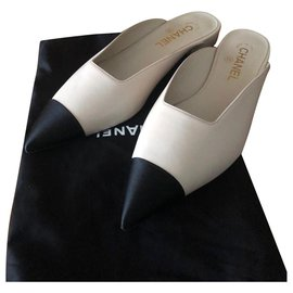 Chanel-CHANEL PRINCETOWN MULES SHOES NEW 100%-Black,Beige