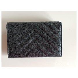 Chanel-Medium Flap Wallet in Chevron Quilted Black Caviar with Silver Hardware-Black