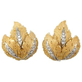 inconnue-Leaf earrings 2 gold and diamonds.-Other