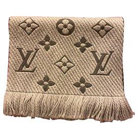 Louis Vuitton-Logomania-Grey