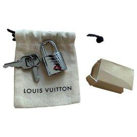 Louis Vuitton-Cadeaux VIP-Argenté
