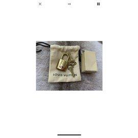 Louis Vuitton-VIP gifts-Golden