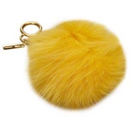 Fendi-Porte-clés Pompon en fourrure jaune Fendi-Jaune