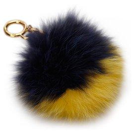 Fendi-Porte-clés Fendi en fourrure noire Pom-Pom-Noir