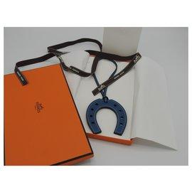 Hermès-HERMES CHARM PADDOCK FER A CHEVAL-Bleu