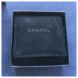 Chanel-Pins & brooches-Multiple colors