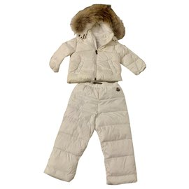 Moncler-MONCLER FEATHER UNISEX SKI PACKAGE-White