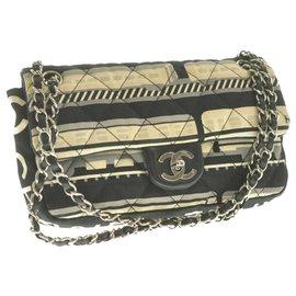 Chanel-Sac à bandoulière Chanel Matelasse-Noir