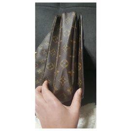 Louis Vuitton-Tasche aus Leder und Monogramm von Louis Vuitton Métis-Braun