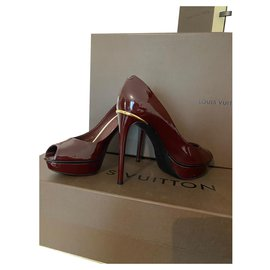 Louis Vuitton-Talons-Bordeaux