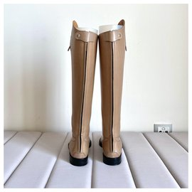Gucci-boots-Beige