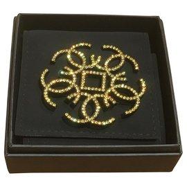 Chanel-Pins & brooches-Yellow