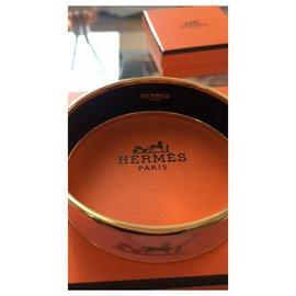 Hermès-Hermès Bracelet in Gold Plated and Powder Pink Enamel-Pink
