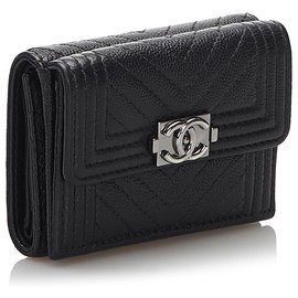 Chanel-Chanel Black Leather Tri-fold Boy Small Wallet-Black