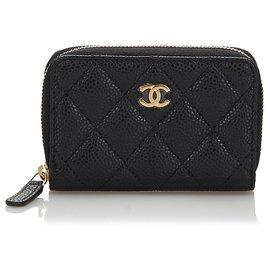 Chanel-Porte-monnaie Chanel en cuir caviar matelassé noir-Noir