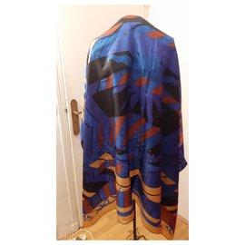 Hermès-Foulards de soie-Bleu