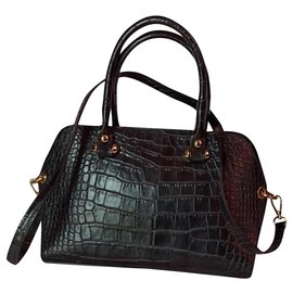 Bugatti-Handbags-Black