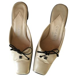 Chanel-Mules-Black,Beige