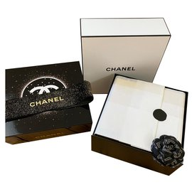 Chanel-CHANEL SUBLIMAGE LACQUERED BOX-Black