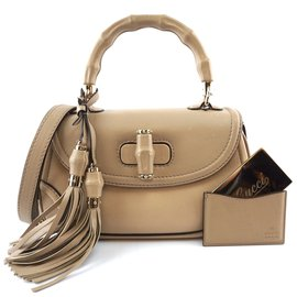 Gucci-Gucci New Bamboo Satchel Convertible Medium Beige Leather-Beige