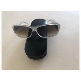 Gucci-Sunglasses-Beige