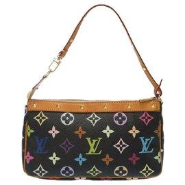 Louis Vuitton-Louis Vuitton Accessory Pouch-Black