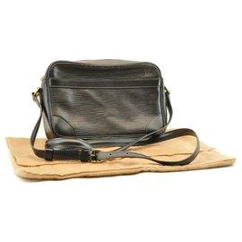 Louis Vuitton-Louis Vuitton handbag-Black
