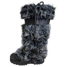 Chanel-boots-Noir,Gris