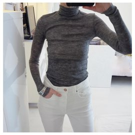 Zara-29% wool, semi-sheer fine ribbed knit. Size S.-Gris anthracite