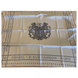 Chanel-Foulard CHANEL-Blanc cassé