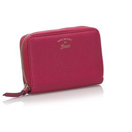 Gucci-Gucci Pink Swing Zip Wallet-Pink