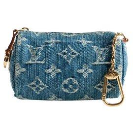 Louis Vuitton-Vuitton keychain-Blue