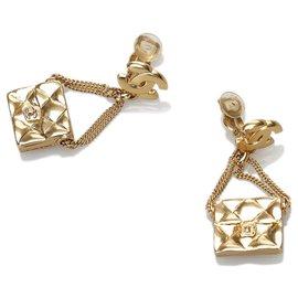 Chanel-Chanel Gold Bag Motif Clip-on Earrings-Golden
