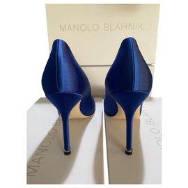 Manolo Blahnik-Pompes Manolo Blahnik Hangisi NOUVEAU-Bleu