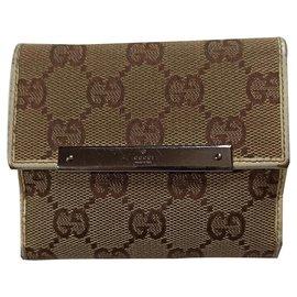 Gucci-portefeuilles-Beige