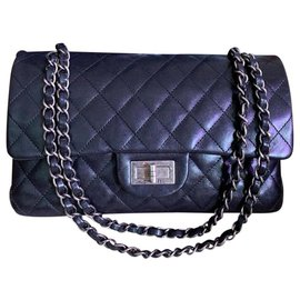 Chanel-Sac Chanel Classic Medium Medium Flap-Noir