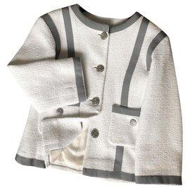 Chanel-jaqueta de tweed boucle-Branco