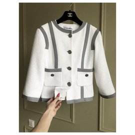 Chanel-veste en tweed boucle-Blanc
