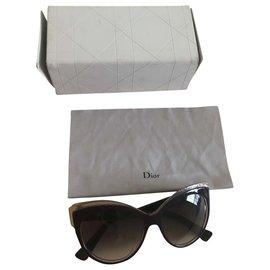 Dior-Sunglasses-Purple