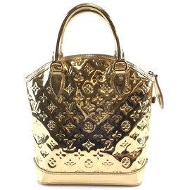 Louis Vuitton-Louis Vuitton Lockit Vertical PM Gold Pvc-Golden