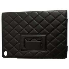 Chanel-Chanel iPad cover-Black