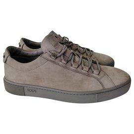Tod's-Sneakers-Grey