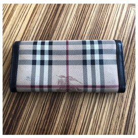 Burberry-wallet-Other