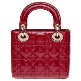 Christian Dior-Bolsa Mini Lady Dior em couro envernizado vermelho cereja, Nova Condição-Vermelho