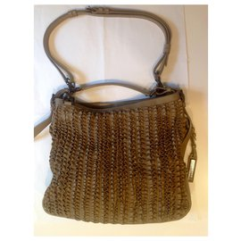 Burberry-Burberry Lowry taupe ruffle leather shoulder bag-Taupe