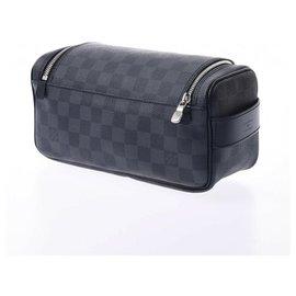 Louis Vuitton-Louis Vuitton Cracking Pouch-Black