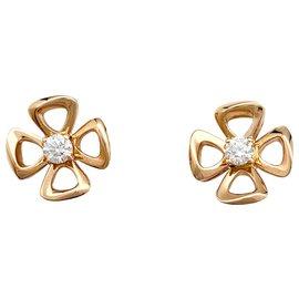 "Bulgari-Puces d'oreilles Bulgari ""Fiorever"", en or rose et diamants.-Autre"