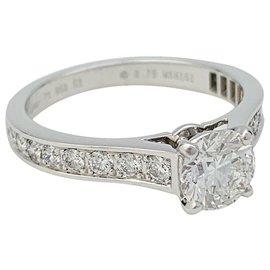 """Cartier-Bague Cartier """"1895"""" en platine, diamant 0,75 carat.-Autre"""