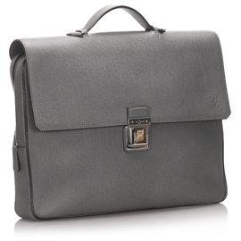Louis Vuitton-Louis Vuitton Black Taiga Vassili PM-Black