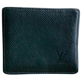 Louis Vuitton-Louis Vuitton Taïga wallet-Dark green